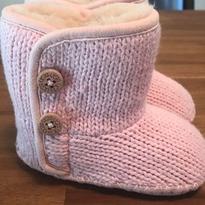 Brand New!  Pink Baby Uggs Sz 2 / 3